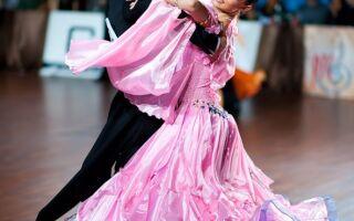 Вибір туфлів і босоніжок для європейської та латиноамериканської програми бальних танців